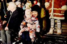 Pabradėje įžiebta Kalėdų eglė_10
