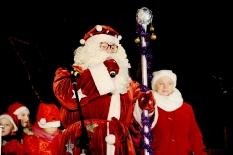 Pabradėje įžiebta Kalėdų eglė