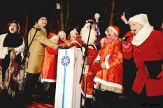 Pabradėje įžiebta Kalėdų eglė_9